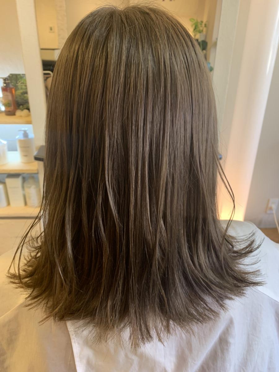 酸性縮毛矯正とカラー